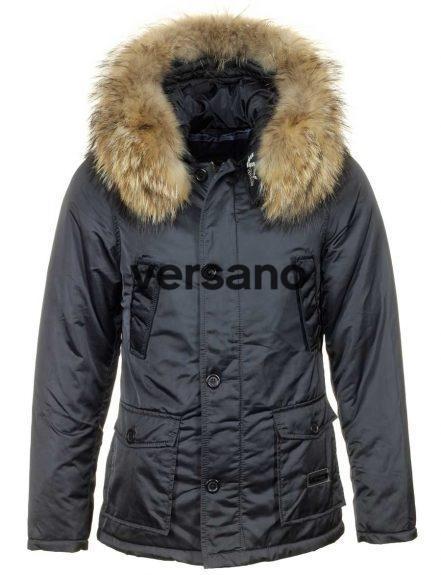 heren-winterjas-met-bontkraag-blauw-versano-voorkant-441x575