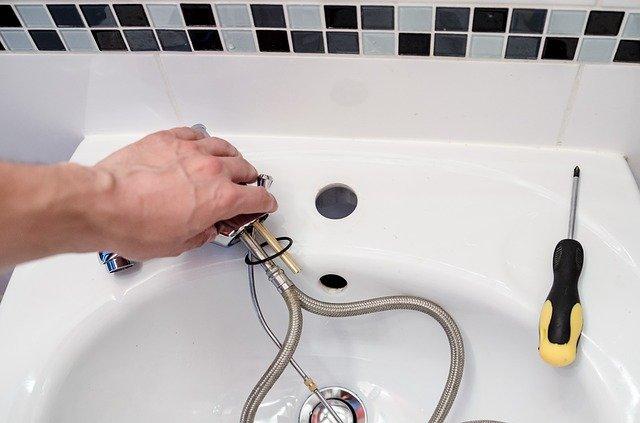 plumber-2788332_640
