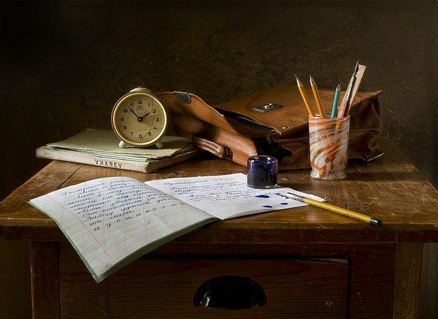school-work-851328_640